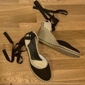 🌼 2/$40 Tommy Hilfiger Espadrilles Wedge Heels